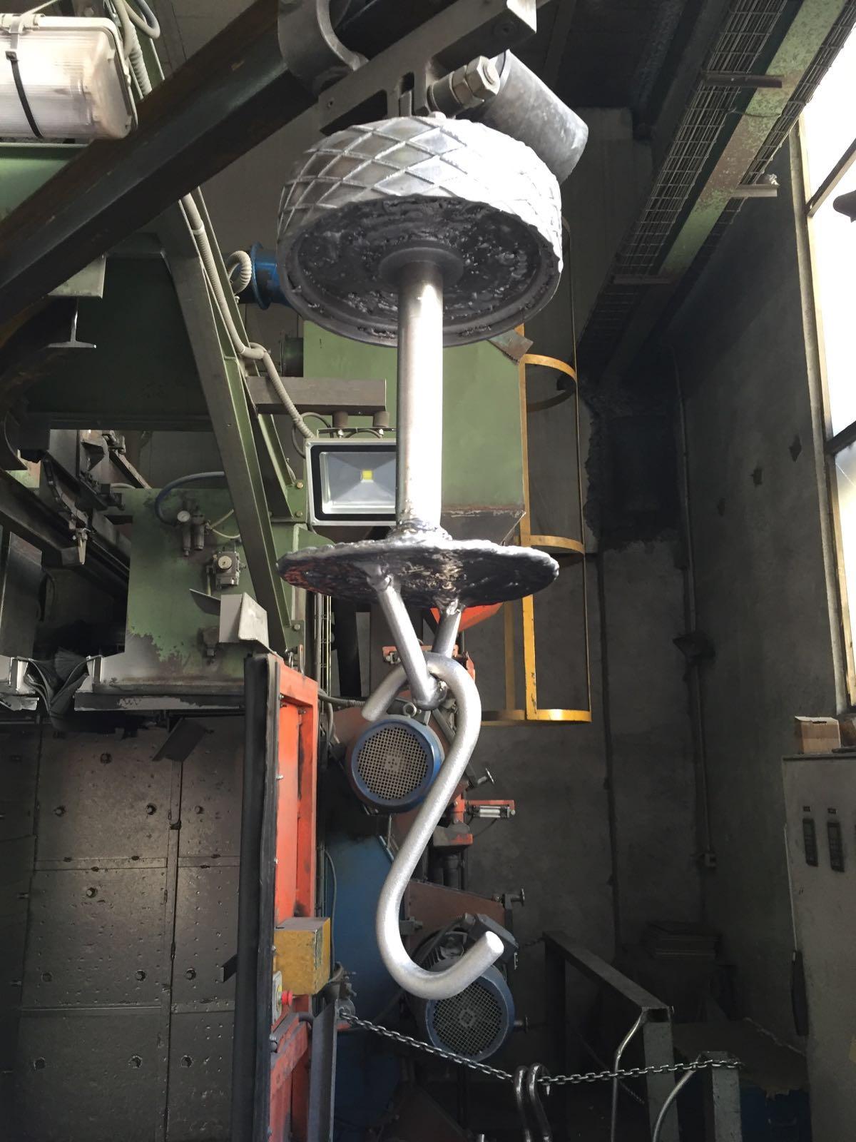 gancho antidesgaste para granallado